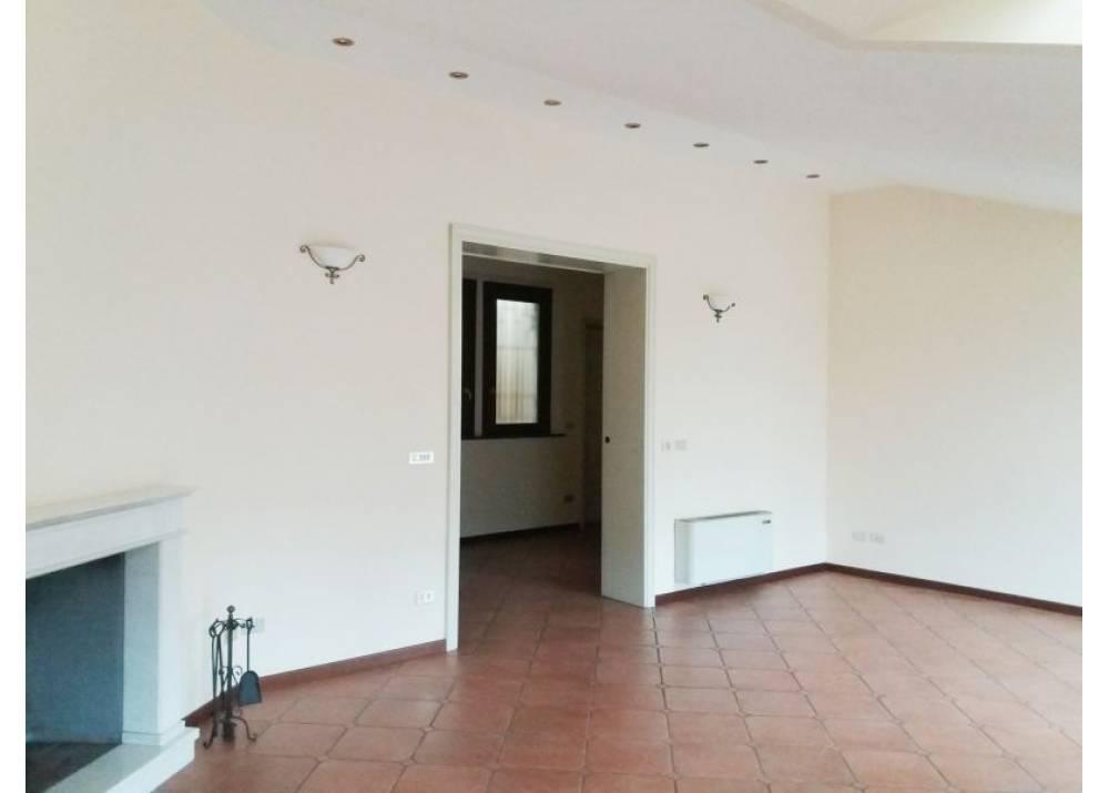 Affitto Appartamento a Parma trilocale Centro Storico di 140 mq