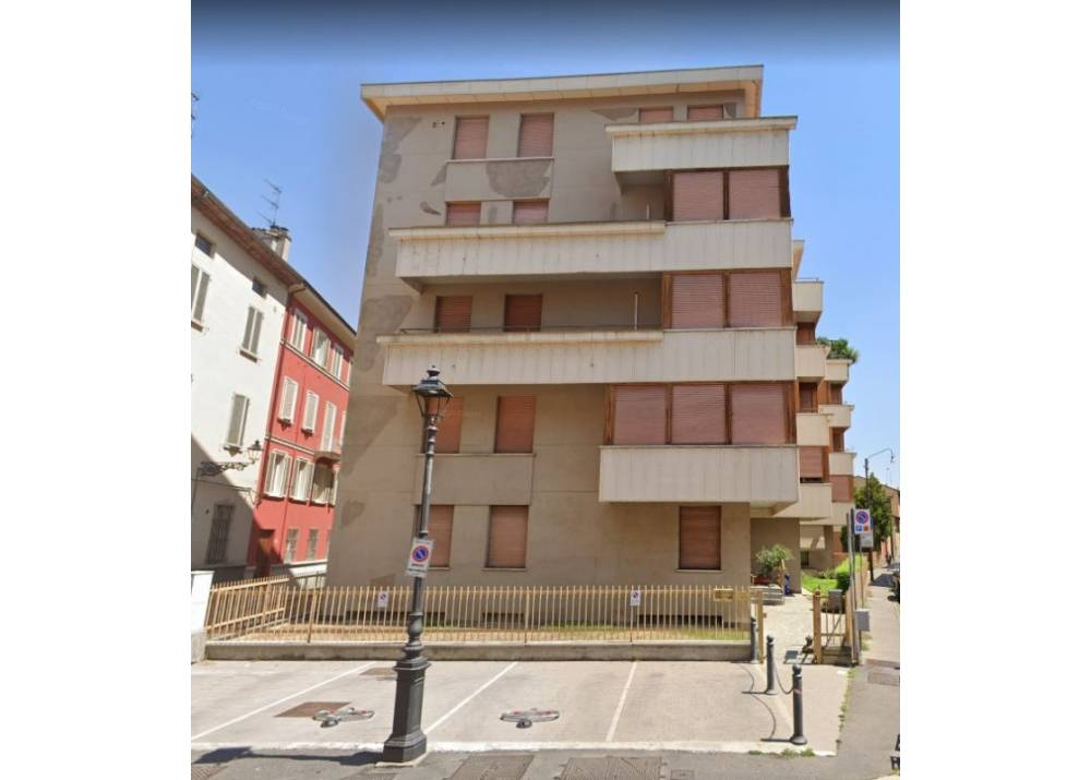 Affitto Ufficio a Parma monolocale Centro Storico di 55 mq