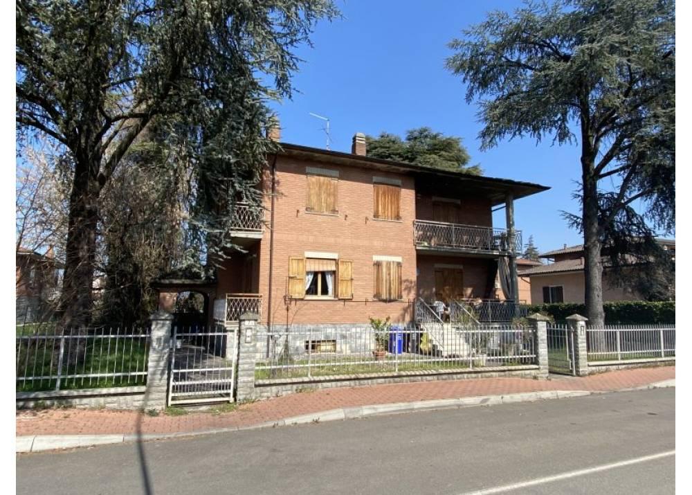 Vendita Villa a Montechiarugolo   di 325 mq