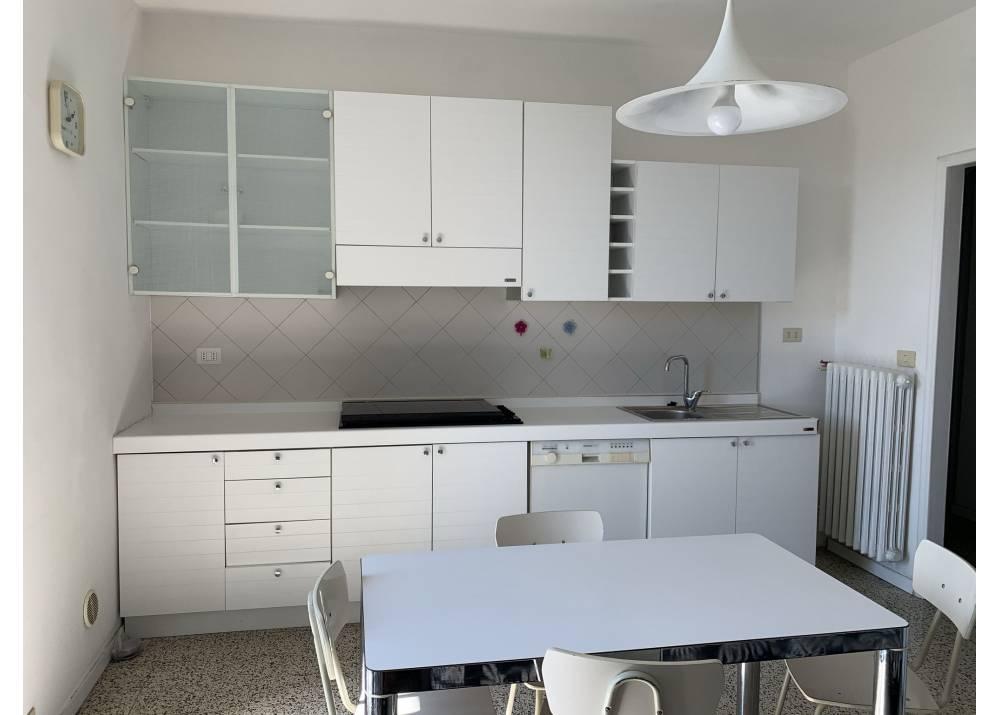 Affitto Appartamento a Parma  Montanara di 130 mq