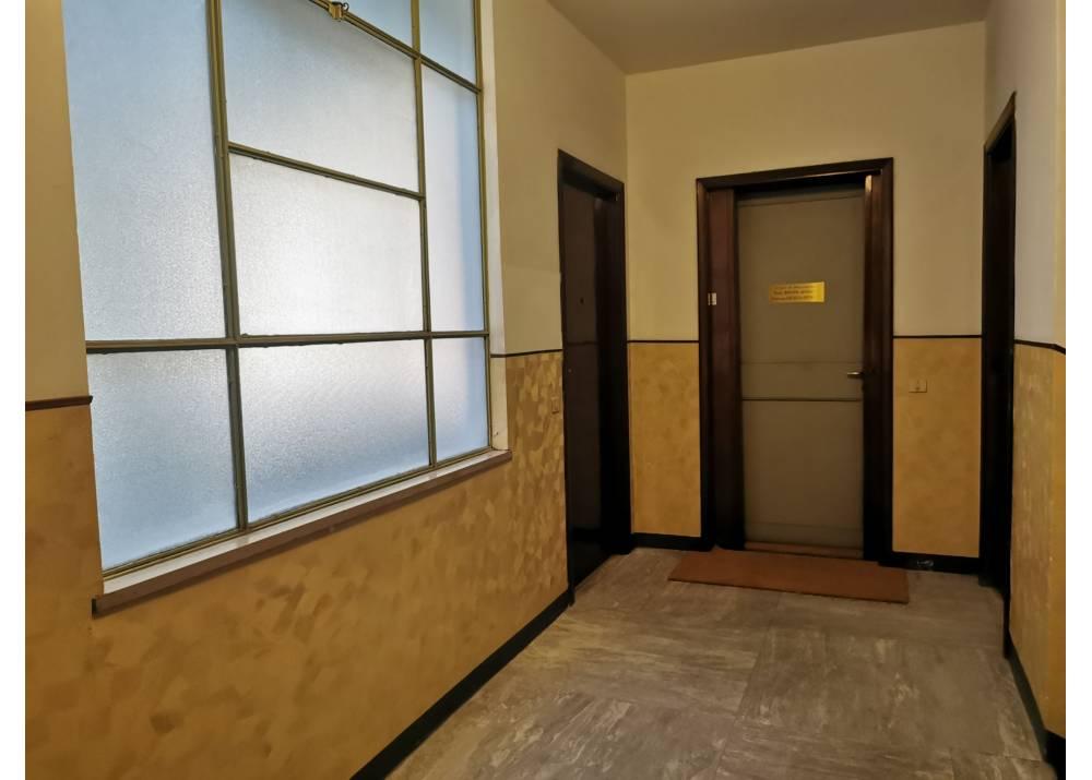 Affitto Ufficio a Parma monolocale Centro Storico di 50 mq