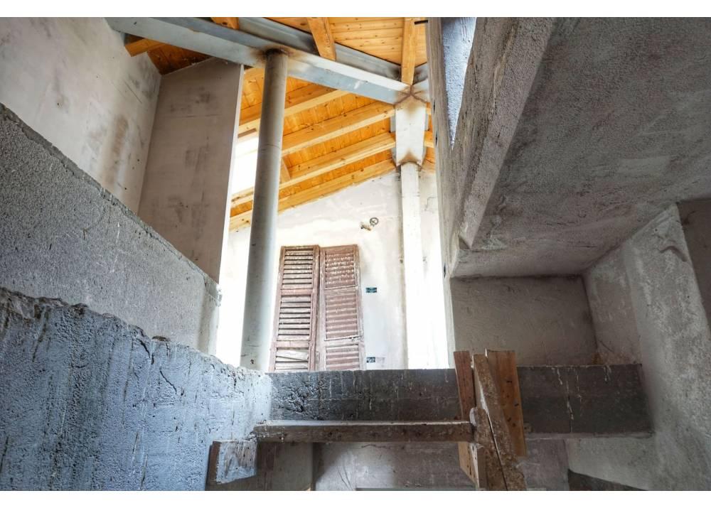 Vendita  a Parma quadrilocale Centro storico di 158 mq