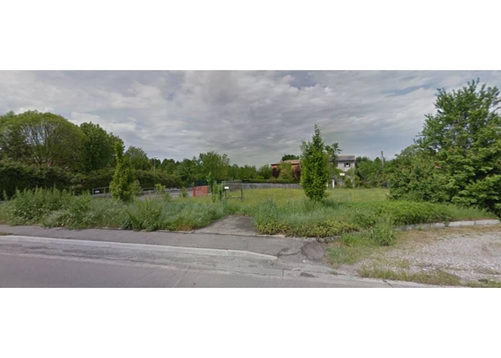 Vendita Terreno Edificabile a Traversetolo monolocale  di 633 mq