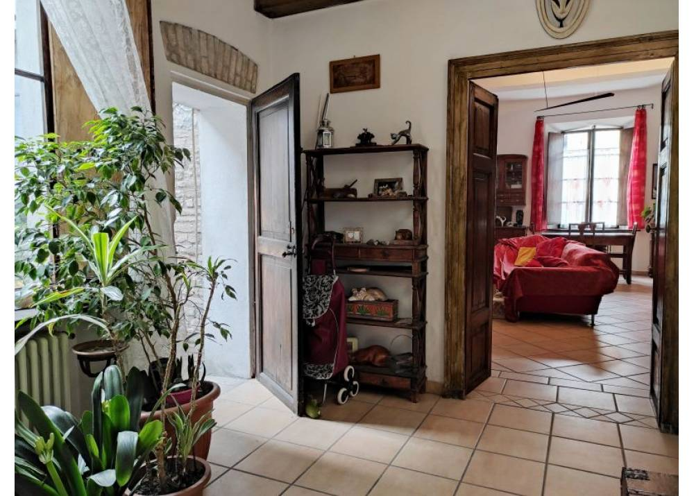 Vendita Appartamento a Parma quadrilocale centro storico di 174 mq